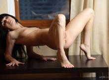 Cute Nude Brunette Svajone Sexy Pose