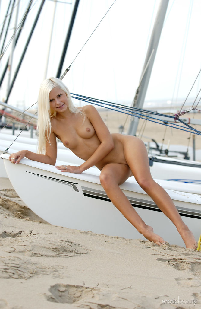 Cute Blonde Dido in Sailing Away